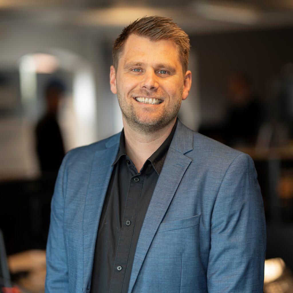 Forsikringsmægler Jesper V. Lang fra V-R Gruppen Forsikringsmæglere